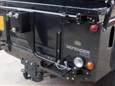 Cancello Ruota Scorta Con Alloggio Binda Defender Soft Top o Truck Cab - Wolf-0